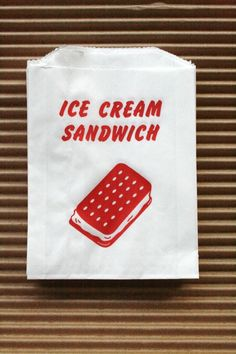 Vintage Style Ice Cream Sandwich Bags - Red and White - Gusseted 4.5 x 1 x 5.75 Inches - set of 50