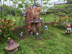 Smurfs garden