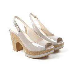 CARLINA Roca. Cómodas y elegantes. Puedes ver precio y tallas en www.gadeawellness.com