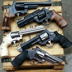 Есть ли любители револьверов?