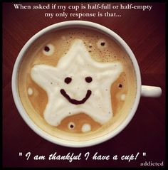 Morning quotes : Be grateful! Happy Thursday to all! Coffee Is Life, Coffee Art, My Coffee, Morning Coffee, Coffee Break, Costa Coffee, Coffee Lovers, Coffee Cups, Milkshake