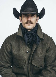 The Effective Pictures We Offer You About hairy chest henry cavill A quality picture can tell you ma Beard And Mustache Styles, Beard No Mustache, Beard Styles, Hairy Men, Bearded Men, Cool Mustaches, Moustaches, Urban Fashion, Mens Fashion