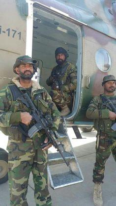 Pak Army Soldiers, Pakistan Armed Forces, Pakistan Zindabad, Military, World, Pakistani, Fashion, Soldiers, Moda