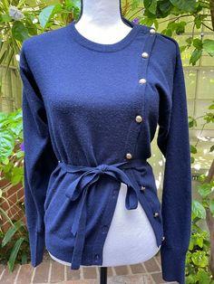 Circle Fashion, Designer Resale, Navy Gold, Women Sleeve, Vintage Chanel, Cashmere Sweaters, Zip