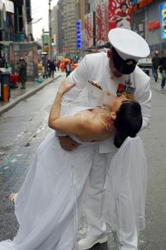 Military Couples Marry in New York City