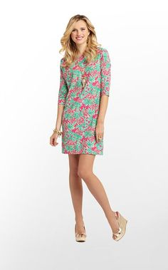 What more can you ask for in a dress to wear to graduation? Lilly Pulitzer's Cassie Dress is comfy, classy and beyond chic!