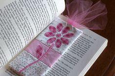 DIY Fabric Patchwork Bookmark Video Tutorial- Slice Cutter applique - Crafty Gemini