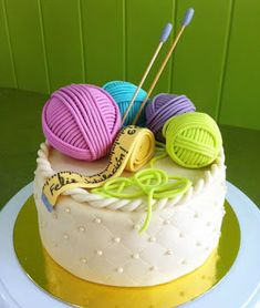 Use bright, vibrant colours to really make your cake stand out. Crazy Cakes, Fancy Cakes, Cute Cakes, Mini Cakes, Cupcake Cakes, Knitting Cake, Sewing Cake, Decoration Patisserie, Unique Cakes