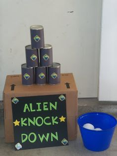 Felicia's Fabulous Kid Party Ideas: Buzz Light Year- To Infinity and your backyard!