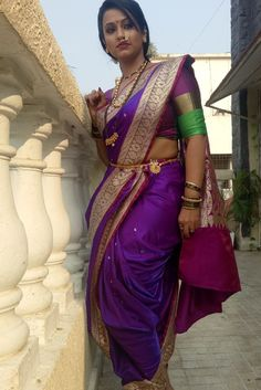 ideas silk screen art beautiful for 2019 Maharashtrian Saree, Marathi Saree, Marathi Bride, Marathi Nath, Beautiful Saree, Beautiful Indian Actress, Beautiful Actresses, Beautiful Women Over 40, Beautiful Girl Image