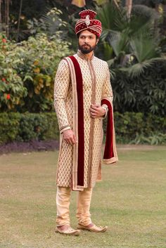 Intricate Cream Sherwani with Churidar - Manyavar Indian Wedding Suits Men, Sherwani For Men Wedding, Mens Sherwani, Hindu Wedding Photos, Indian Bridal Photos, Indian Wedding Couple Photography, Wedding Couple Poses, Bridal Photography, Indian Groom Dress
