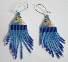Palomino horse earrings hand beaded with delica beads by cynhal