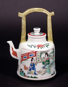 Chinese Famille Verte Porcelain Teapot,
