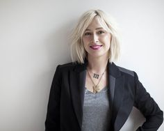 gray + black + chunky gold necklaces + NARS cathage pink lips + chunky blond bob / Marie Robinson