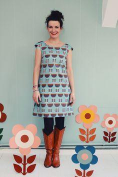 Entdecke lässige und festliche Kleider: A-LINIEN-KLEID KUKKA LOVE IN HELLBLAU-SCHWARZ made by Bonnie & Buttermilk via DaWanda.com