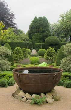 Abbey Gardens, Wiltshire - Hledat Googlem