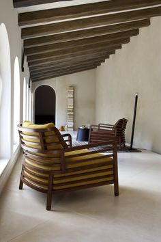I love this chair so much.  Flax, Armchairs Designer : Philippe Nigro | ligne Roset