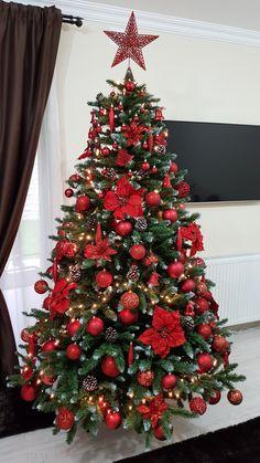 Magic Red Christmas Tree 2017