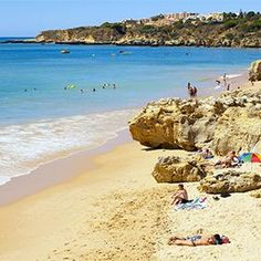 Barlavento-Sotavento: beaches from one end of the coast to the