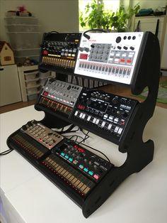 Electronic Music Instruments, Recording Studio Design, Solar Inverter, Custom Desk, Music Studios, Home Studio Music, Recording Equipment, Pc Setup, Piano Player