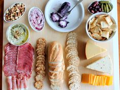 I LOVE snacking. It's one of my favorite party essentials. A classic cheese platter is one of the best things you can make for a party, in my opinion. Charcuterie Plate, Charcuterie Cheese, Meat Cheese Platters, Meat And Cheese, Appetizers For Party, Appetizer Recipes, Cheese Recipes, Healthy Foods To Eat, I Foods