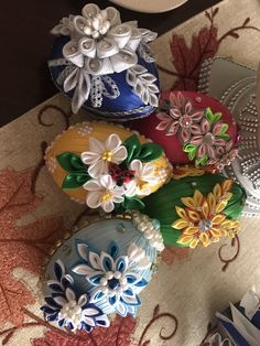Ribbon Work, Japanese Kimono, Crafts To Do, Kansas, Projects To Try, Gift Wrapping, Christmas Ornaments, Halloween, Spring