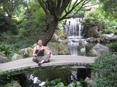 sfrtw2007.1199260140.relaxing-at-the-chinese-garden-of-friendship.jpg (550×412)