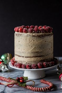 11 Elegant Christmas Desserts Everyone Will Love on domino.com