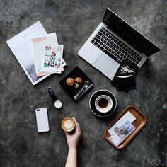 The current #MOL feature is on @sonnyhosea a graphic designer who enjoys working in random locations.  Check out his setup #mobileofficelife.com (link also in bio) by mobileofficelife May 11 2016 at 10:40AM