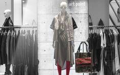Summer Sale 2017: Preisreduktion für Kleidung, Schuhe und Accessoires Wardrobe Rack, Concept, Store, Summer, Furniture, Home Decor, Kleding, Summer Time, Decoration Home