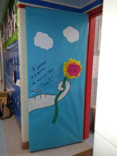 Dr. Seuss door decorating
