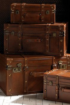 Using an old, leather trunk as a coffee table because we're poor and can find these at Goodwill Old Trunks, Vintage Trunks, Trunks And Chests, Antique Trunks, Leather Suitcase, Suitcase Set, Leather Luggage, Vintage Suitcases, Vintage Luggage