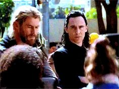 Chris Hemsworth & Tom Hiddleston
