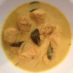 skinnymixer's Nyonya Chicken Curry Healthy Indian Recipes, Raw Food Recipes, Sweet Recipes, Chicken Recipes, Cooking Recipes, Dinner Recipes, Ethnic Recipes, African Recipes, Oven Recipes