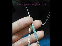 Tutorial Wire Wrap Crochet Bracelet Knitted in Peruvian Knitwear 😍 Jewelry Making Tutorials, Beading Tutorials, Jewelry Making Supplies, Wire Jewelry, Beaded Jewelry, Jewelery, Jewelry Bracelets, Wire Crochet, Crochet Bracelet
