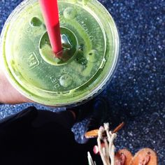 green energy  spinach   banana   pineapple   hemp protein   E3 live   boost of maca  #vegan #smoothie #superfoodsmoothie #Padgram