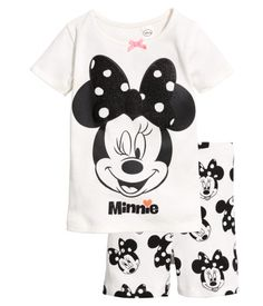 84024da48  15 - White Minnie Mouse. Pajamas in ribbed jersey with a printed pattern.