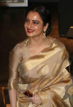 Rekha looking gorgeous in a elegant handloom silk saree. She wears handloom- Do you?  GiftPiper.com- Proud to supporting handlooms and handmade textiles of India. #shewearshandloom