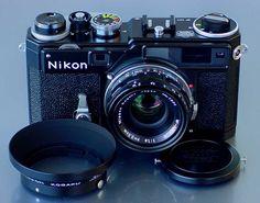 Nikon SP Limited Edition (Black) Antique Cameras, Old Cameras, Vintage Cameras, Nikon Film Camera, Camera Gear, Nikon Cameras, Photo Lens, Classic Camera, Rangefinder Camera