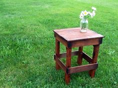 Pallet Table by SassiesCrafts on Etsy