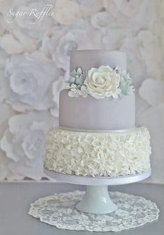 Gray / silver wedding cake ideas & inspirations