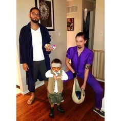 These costumes really tie the room together, man.   21 Family Costumes That Took Halloween To The Next Level
