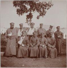 Oficiais russos feridos durante a Primeira Guerra Mundial, em 1914. World War I