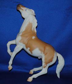 """Breyer """"Amerigo"""" Equitania 1996 Palomino Pinto Mustang"""