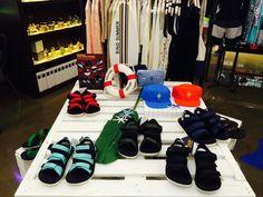 바인드 코엑스점에 터치 그라운드 샌들이 입고 되었습니다. Vintage Sneakers, Sneaker Brands, Shoe Rack, Touch, Shoes, Zapatos, Shoes Outlet, Shoe Racks, Shoe
