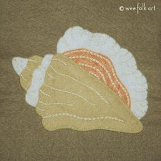 Folk Embroidery Tutorial Today we are sharing our fourth and final applique in our Stroll on the Beach Collection, a beautiful conch shell applique! Although I love all the appliques in this collection, I think this one ha… Free Applique Patterns, Applique Tutorial, Felt Patterns, Applique Ideas, Sewing Appliques, Bird Applique, Wool Applique, Sewing Crafts, Sewing Projects