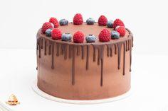 Ideale Schokoladen Glasur für einen Drip Cake. Anleitung zur Dripping Torte. So gelingt sie garantiert! Ideale Konsistenz für schöne Schokotropfen