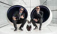 Rosario Fiorello e Carlo Conti ed un piccolo cane boston terrier sono i protagonisti della nuova campagna 2016 di Wind. Nuova colonna sonora di Major Lazer.