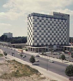 Hilton Hotel, Berlin-Tiergarten, ca. 1958 Photo: Herbert Maschke