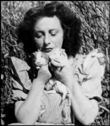 Photograph of the great artist, Adrienne Ségur (1901-1981), taken in the 1940s...